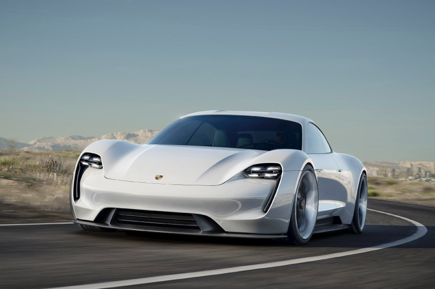Porsche Mission E / Konzeptstudie / September 2015