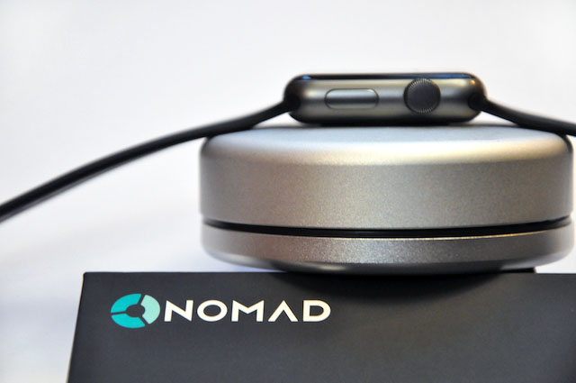 nomad-pod-apple-watch-powerbank-4
