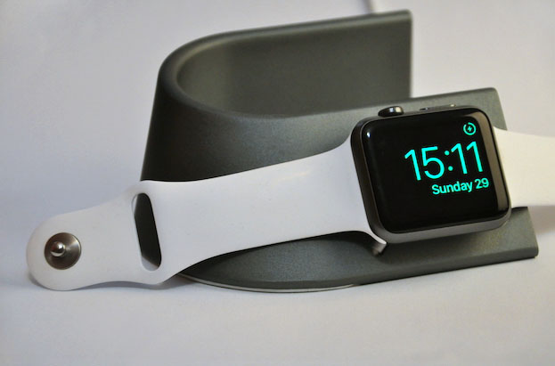 nomad-stand-apple-watch_06