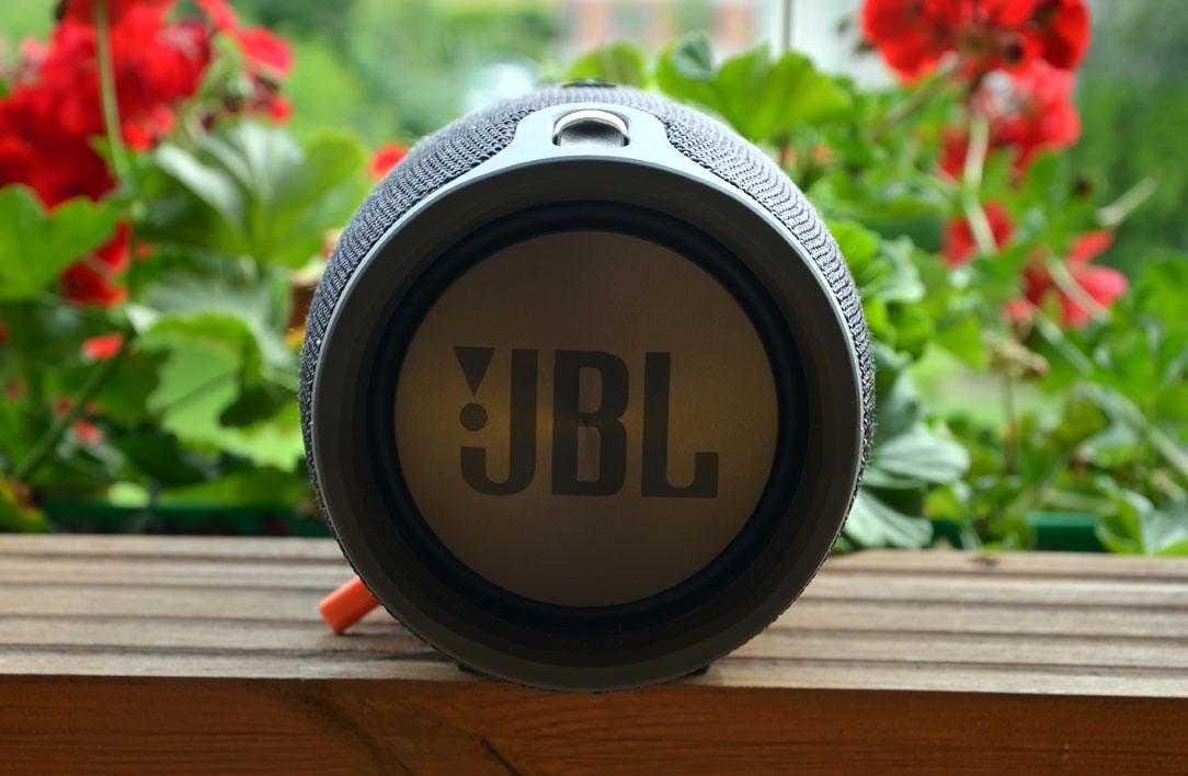 jbl003