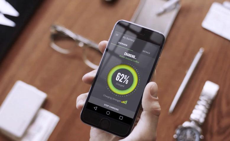 iphone-8-ladowanie-bezprzewodowe