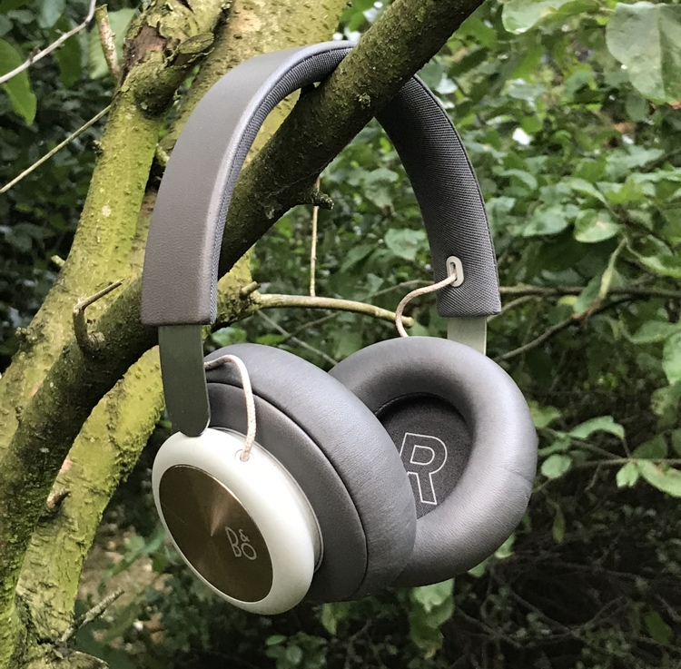 Beoplay H4 2